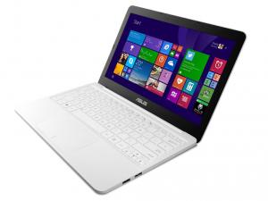 ASUS X205TA BING-FD005BS laptop (Intel® Atom™ Processzor Quad Core™ Z3735F/2GB/32GB/Intel® HD Graphics/Windows 8.1/Fehér)