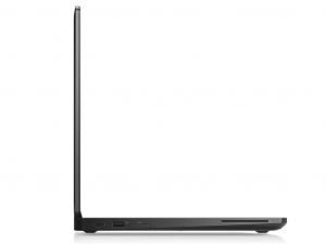 DELL LATITUDE 5580 15.6 FHD, Intel® Core™ i7 Processzor-7600U (2.80GHZ), 8GB, 256GB SSD, NVIDIA 930MX