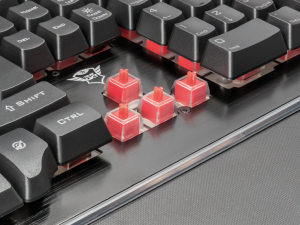 Trust GXT 860 Thura - USB - Magyar Gamer Billentyűzet - Fekete