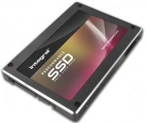 Integral P4 240GB SSD meghajtó