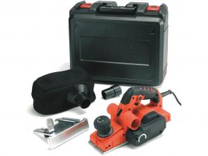 Black & Decker KW750K-QS 2mm, 750W gyalu kofferben tartozékokkal