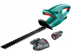 Bosch EasyHedgeCut 12-45 12V akkus sövényvágó pótakkuval