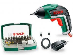 Bosch akkus csavarozó IXO bitkészlettel