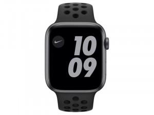 Apple Watch Nike Series 6 GPS 44mm Asztroszürke Alumínium Ház Fekete Sportszíjjal