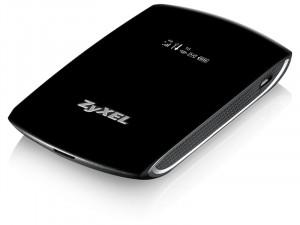 ZyXEL WAH7706 Cat 6 4GPlus LTE-A 300/50Mbps hordozható mobil Router