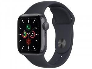 Apple Watch SE 2021 GPS 40mm Asztroszürke Alumínium Ház Éjfekete Sportszíjjal
